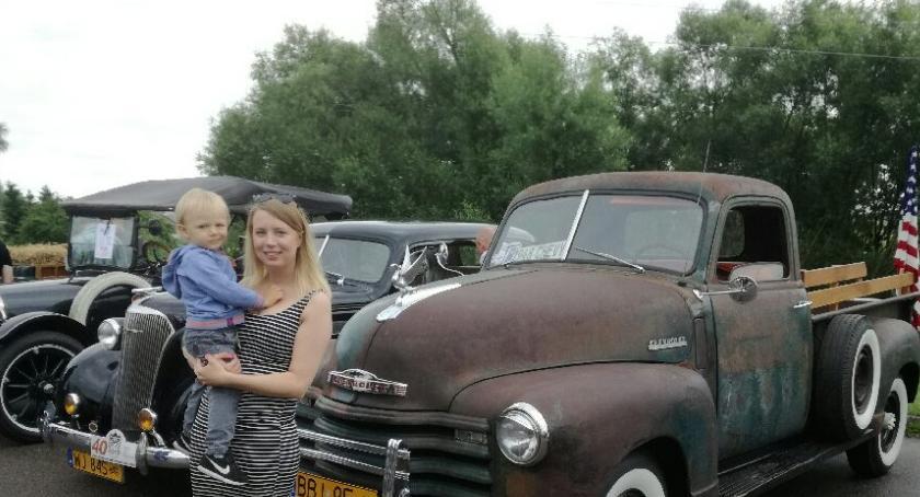 Sporty motorowe, Stare samochody Brańsku - zdjęcie, fotografia