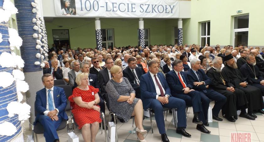 Szkoły - edukacja, lecie liceum Bielsku Podlaskim - zdjęcie, fotografia