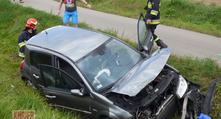 Wypadki drogowe, Zderzenie koło Kamianki - zdjęcie, fotografia