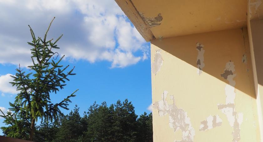 Interwencje, Architektoniczny bubel bezczynność spółdzielni - zdjęcie, fotografia