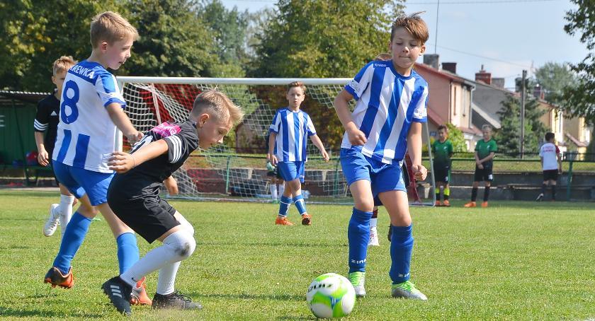 Piłka nożna, Orliki rozpoczęły sezon - zdjęcie, fotografia