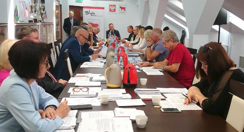 Samorządy , bielskiej radzie miasta rozpoczęła kampania wyborcza - zdjęcie, fotografia