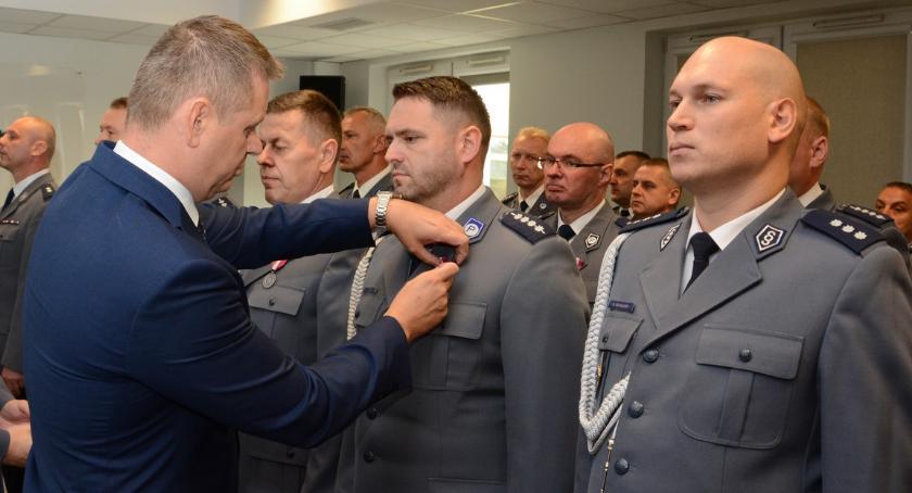 Komunikaty, poszukiwani, Policjant Łosic nagrodzony - zdjęcie, fotografia