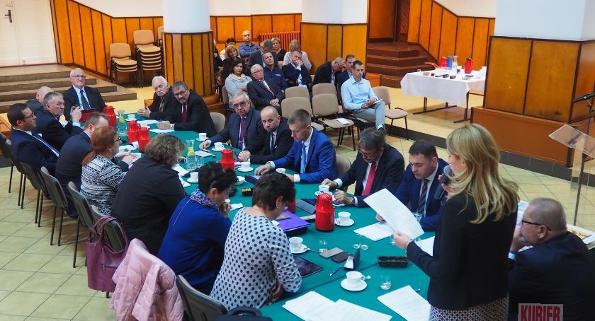 Samorządy , Ostatnia sesja Siemiatyczach - zdjęcie, fotografia