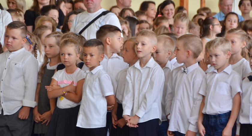 Szkoły - edukacja, Nauczyciele całe życie - zdjęcie, fotografia