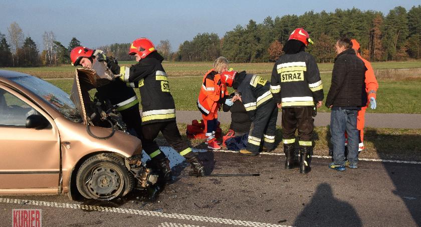 Wypadki drogowe, Wypadek trasie Siemiatycze Ciechanowiec - zdjęcie, fotografia