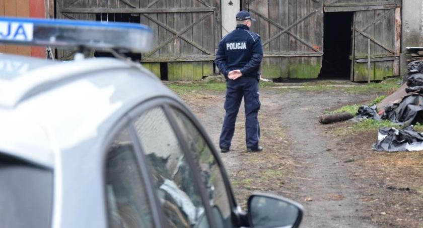 Sprawy kryminalne, Niewypał część rakiety - zdjęcie, fotografia