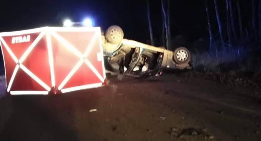 Wypadki drogowe, Śmiertelny wypadek kierowca wpływem alkoholu - zdjęcie, fotografia