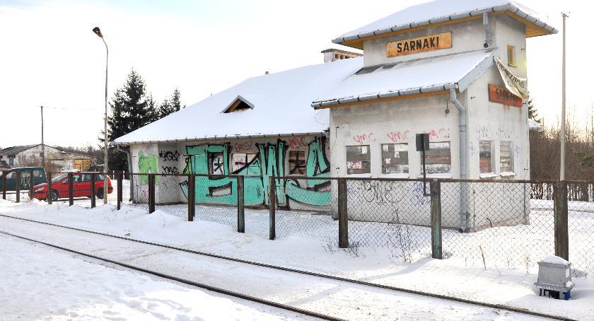 Administracja, będzie dworcami - zdjęcie, fotografia