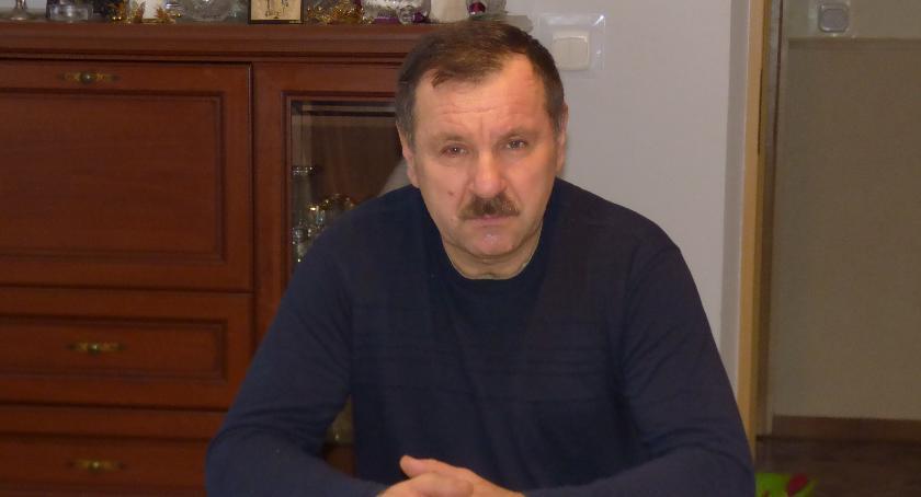 Ludzie  - pasje i problemy, Stadnikach zgoda czyli niedole sołtysa - zdjęcie, fotografia