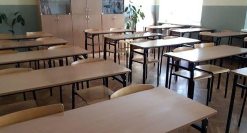 Szkoły - edukacja, Strajk szkolny powiecie siemiatyckim - zdjęcie, fotografia