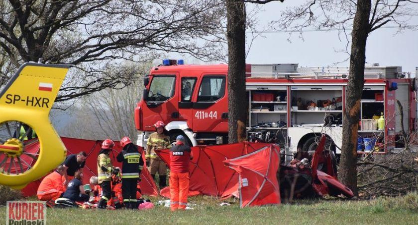 Wypadki drogowe, Wypadek zginęły osoby - zdjęcie, fotografia