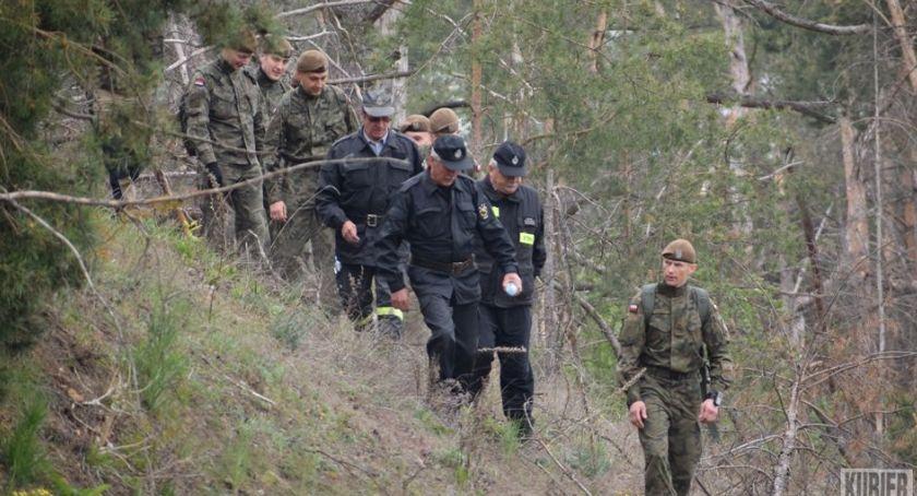 Sprawy kryminalne, Poszukiwania zaginionej mieszkanki Grabarka - zdjęcie, fotografia