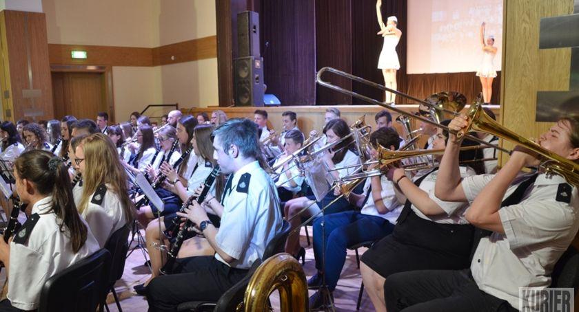 Muzyka - Koncerty, lecie Hajnowskiej Orkiestry Dętej Mażoretek - zdjęcie, fotografia