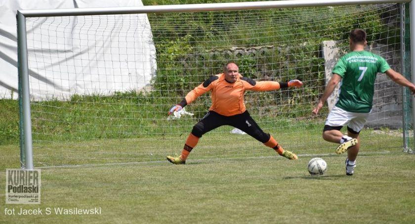 Piłka nożna, Memoriał Mariusza Gniadka - zdjęcie, fotografia
