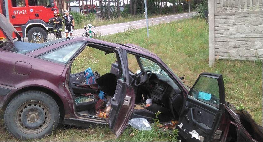 Wypadki drogowe, Zderzenie trzech Siemiatyczach jedna ofiara śmiertelna - zdjęcie, fotografia