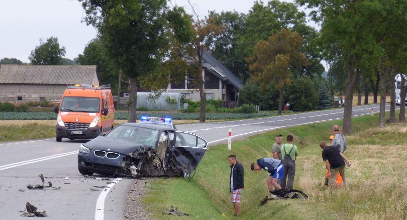 Wypadki drogowe, Zderzenie koło Puczyc - zdjęcie, fotografia