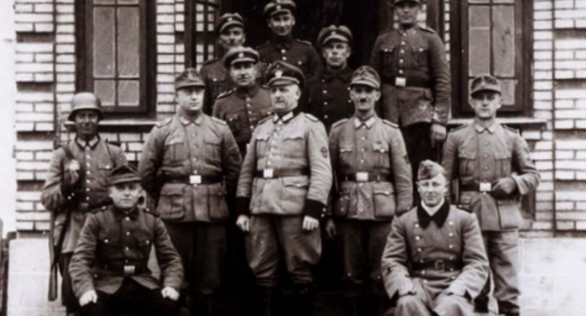 Notatnik historyczny, Notatnik historyczny Romanówka Trudne decyzje sołtysa - zdjęcie, fotografia