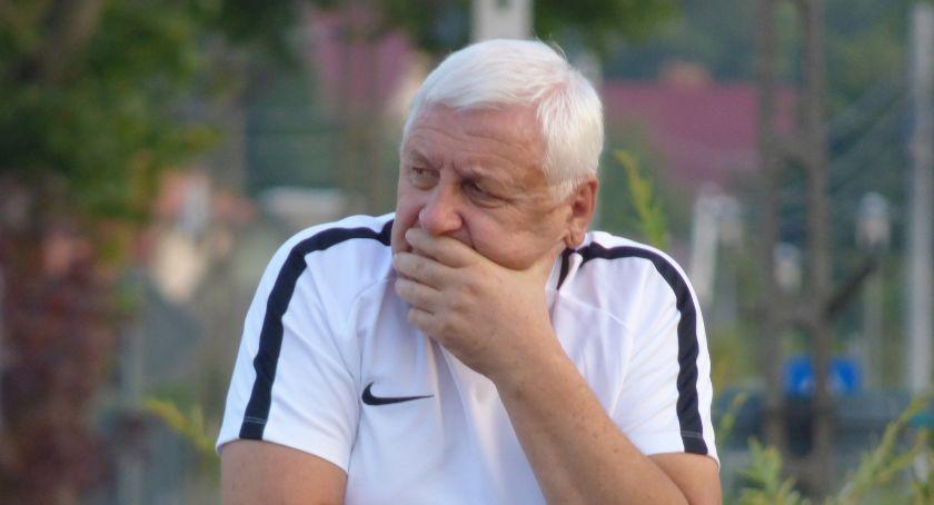 Piłka nożna, niedole Cresovii rozmowa trenerem - zdjęcie, fotografia
