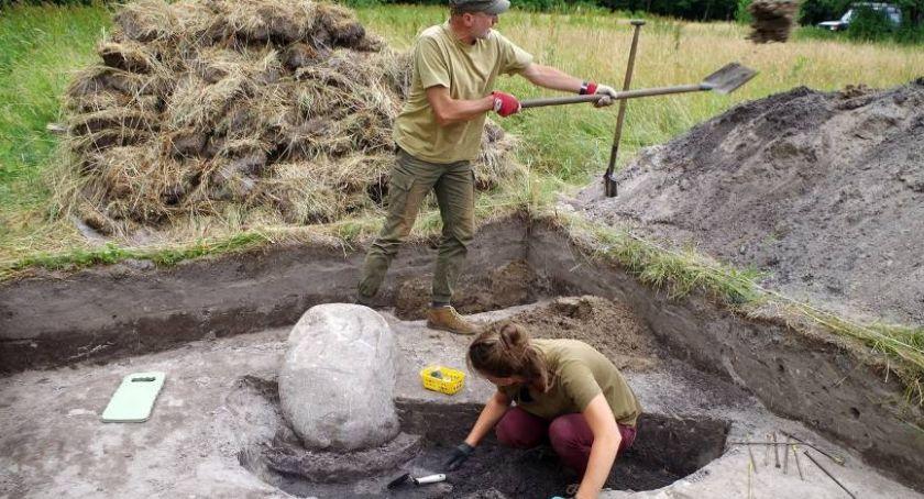 Notatnik historyczny, archeolodzy znaleźli Puszczy Białowieskiej - zdjęcie, fotografia
