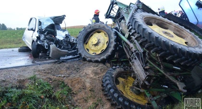 Wypadki drogowe, Śmiertelny wypadek drodze - zdjęcie, fotografia