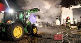 Pożar garażu w Smarklicach