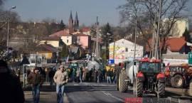 Łosice - Rolnicy blokują drogę