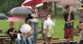 Fotogaleria. Dzień Nurca w strugach deszczu (video)