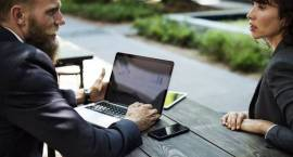 Jak podnieść swoje kwalifikacje? Jedną z metod angielski biznesowy