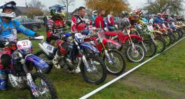 Biegi przełajowe i zawody motocyklowe na Dzień Dziecka