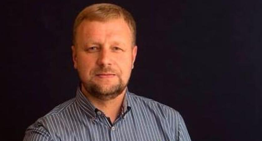 Wywiady, Pomagać można wesoło Rozmawiamy Wiceprezesem Pawłem Kłobukowskim - zdjęcie, fotografia