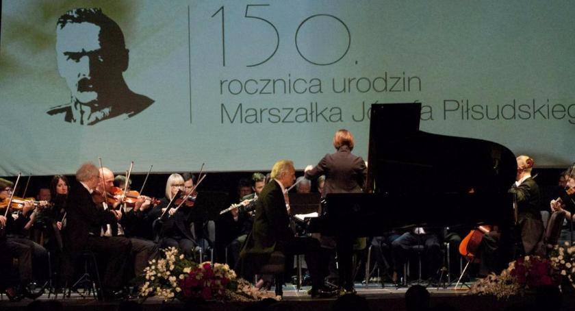 News, Wyjątkowy koncert urodziny Marszałka Piłsudskiego - zdjęcie, fotografia