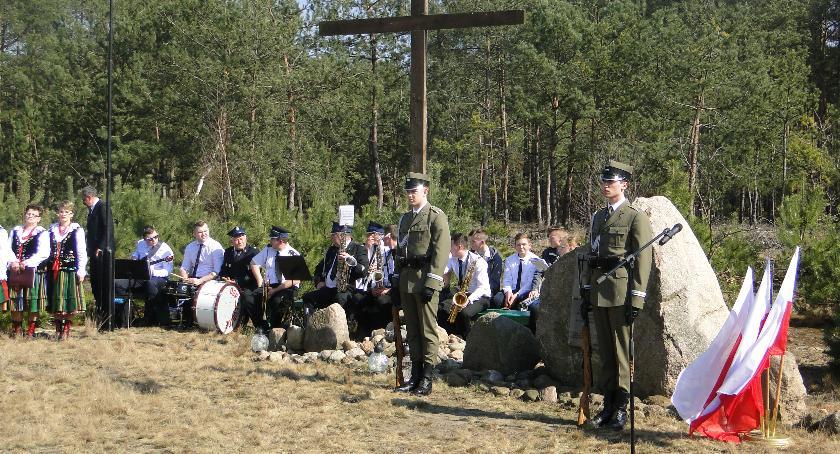 News, Uroczystości upamiętniające ofiary katastrofy Smoleńskiej Grzybowie - zdjęcie, fotografia