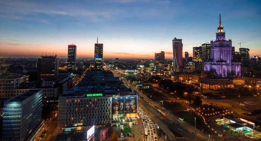 Wywiady, Warszawa potrzebuje wspólnoty Rozmawiamy Dariuszem Grabowskim - zdjęcie, fotografia