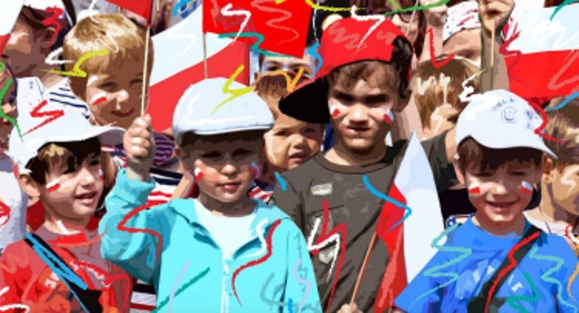 Zaproszenia, niedzielę wielka Ochocka Parada Niepodległości - zdjęcie, fotografia