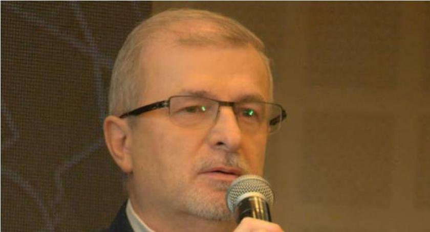 Aktualności, Pierwsza debata prezydencka Sławomir Antonik spokojny merytoryczny - zdjęcie, fotografia