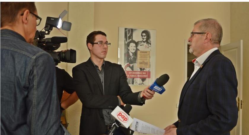 News, Sławomir Antonik rośnie oczach kolejnymi sondażami! - zdjęcie, fotografia