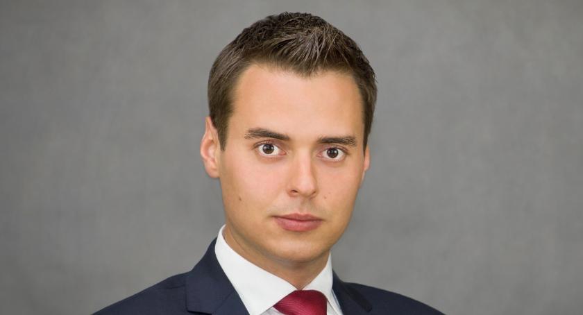 News, Zielonka burmistrzem został Kamil Iwandowski oficjalne - zdjęcie, fotografia