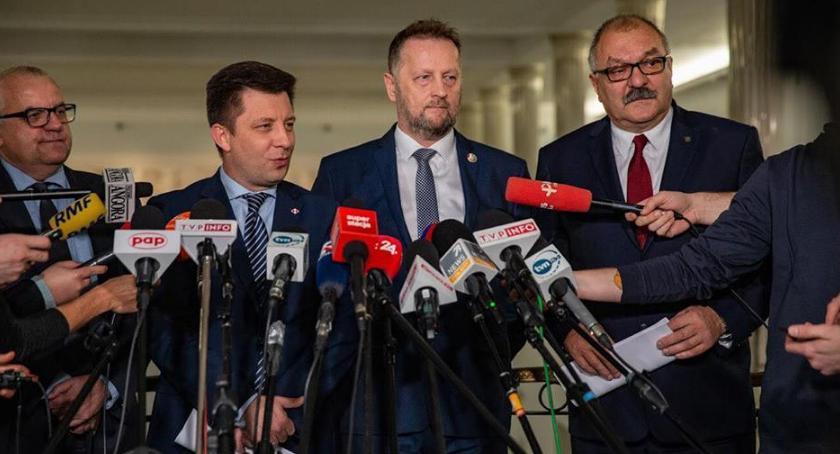 News, Bezpartyjni Samorządowcy Dolnym Śląsku podpisali umowę koalicyjną PiSem - zdjęcie, fotografia