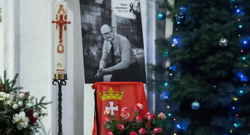 News, sobotę uroczystości pogrzebowe prezydenta Gdańska Pawła Adamowicza - zdjęcie, fotografia