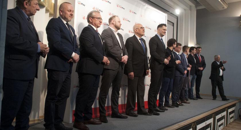 News, Polska Robert Gwiazdowski niepartyjni samorządowcy startują europarlamentu - zdjęcie, fotografia