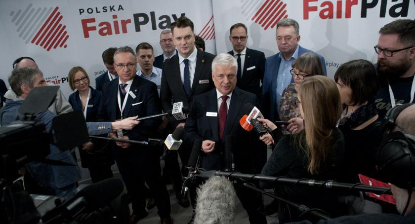 News, Konwencja ruchu Polska mediach - zdjęcie, fotografia