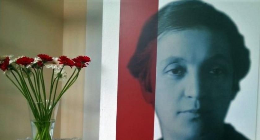 Historia, Kobiety służbie Niepodległej - zdjęcie, fotografia