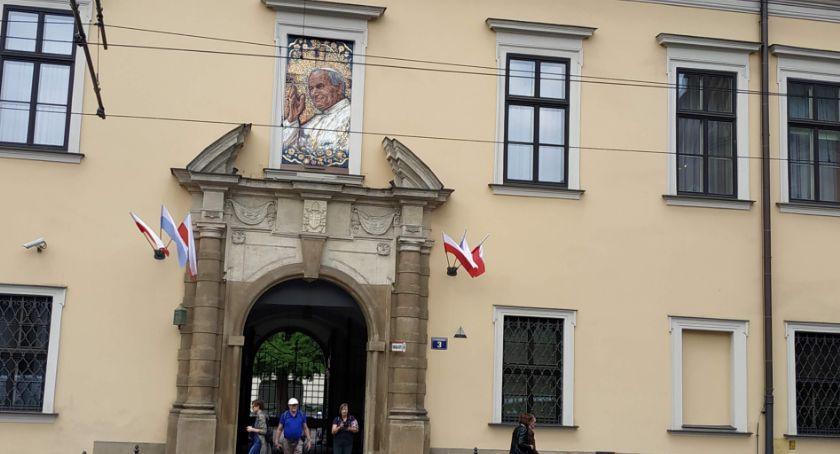 Aktualności, rocznica urodzin Karola Wojtyły - zdjęcie, fotografia