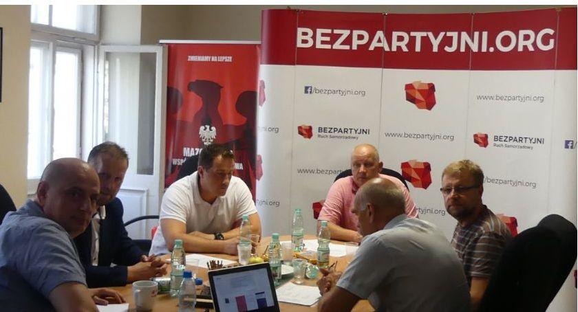 Wybory 2019, Bezpartyjni Samorządowcy Mazowszu powołali sztab wyborczy - zdjęcie, fotografia