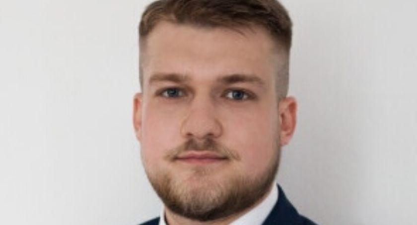 Wybory 2019, Piotr Drzewiński Państwo bogate bogactwem swych obywateli - zdjęcie, fotografia