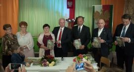 Iłowskie drogi do niepodległości. Książka Wandy Dragan