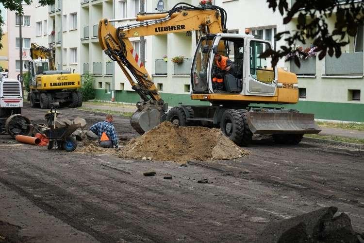 Drogi i komunikacja, Prace remontowe Słowackiego Złotowie - zdjęcie, fotografia