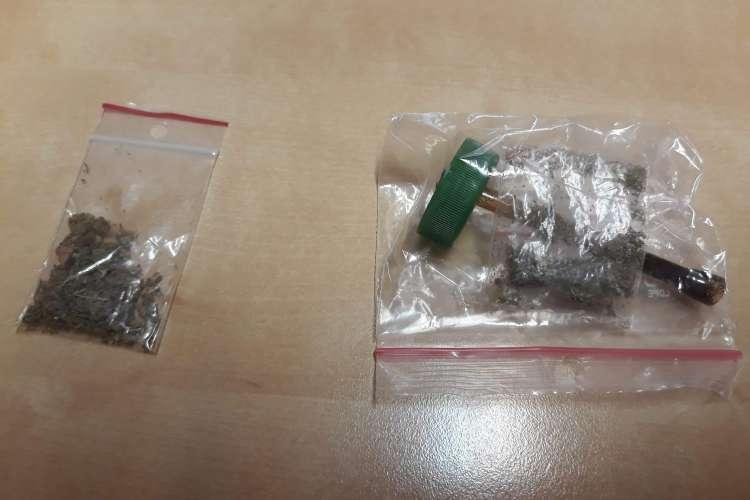 USUNIĘTE Informacje, Dwóch zatrzymanych marihuaną Krajence - zdjęcie, fotografia