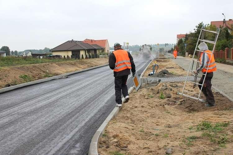 USUNIĘTE Informacje, Lista nieprawidłowości budowie dróg - zdjęcie, fotografia